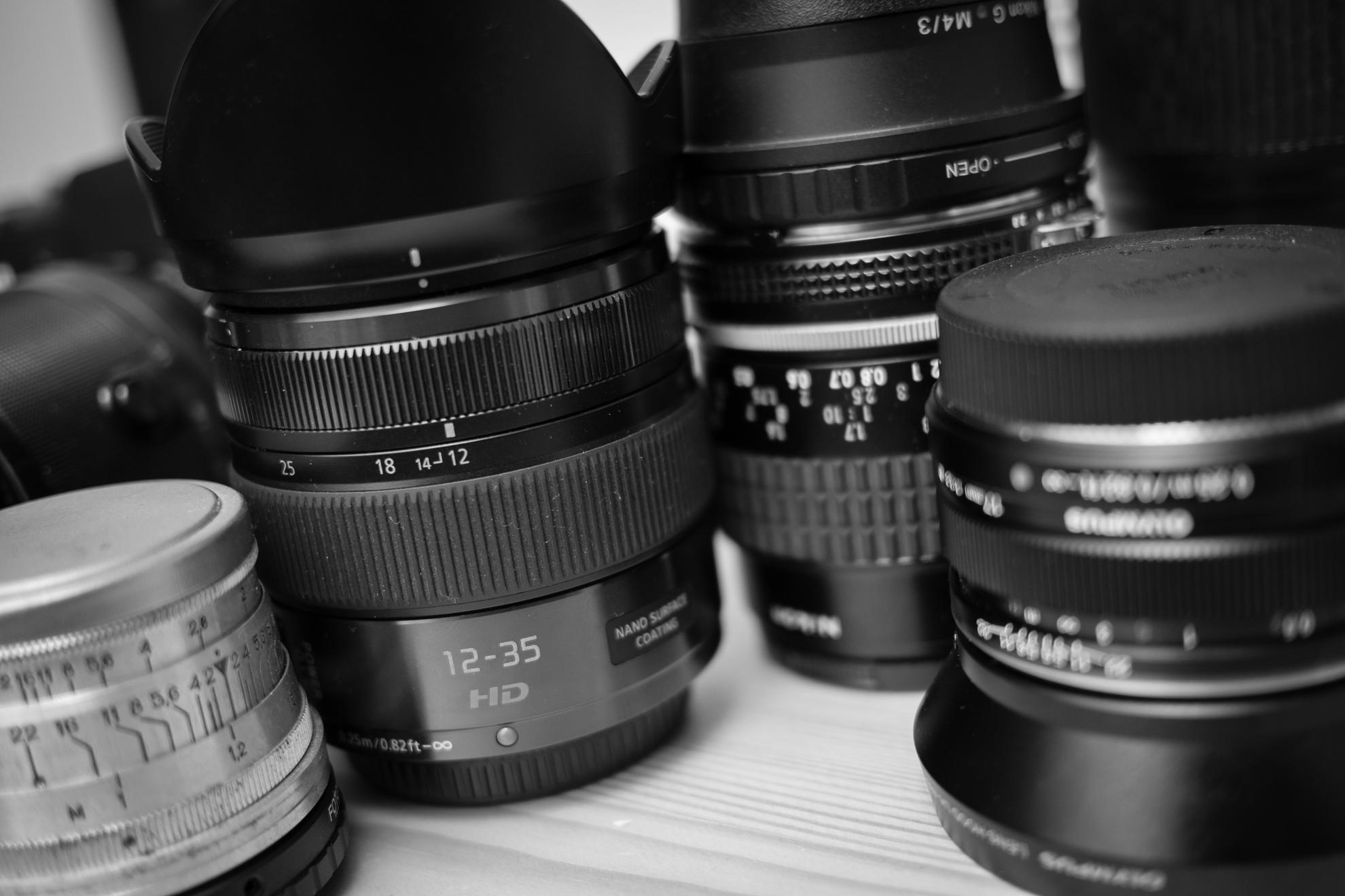 ズームリング・ピントリングの回転方向、カメラ・レンズのメーカー別まとめ。キヤノンとニコンが逆なのは何故?