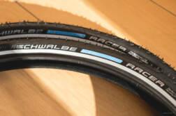 Dahon Boardwalk D7のタイヤをシュワルベ マラソンレーサー 20×1.50に履き替えました。   かめらとブログ。